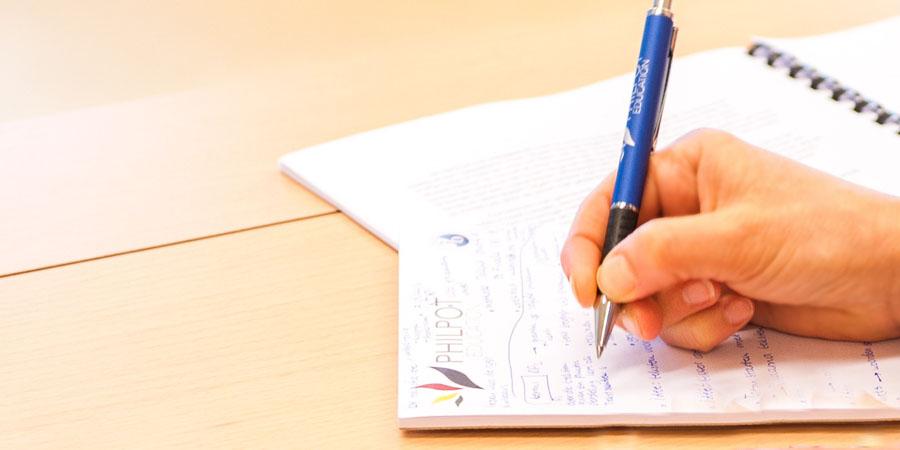 ノートで設計をしている