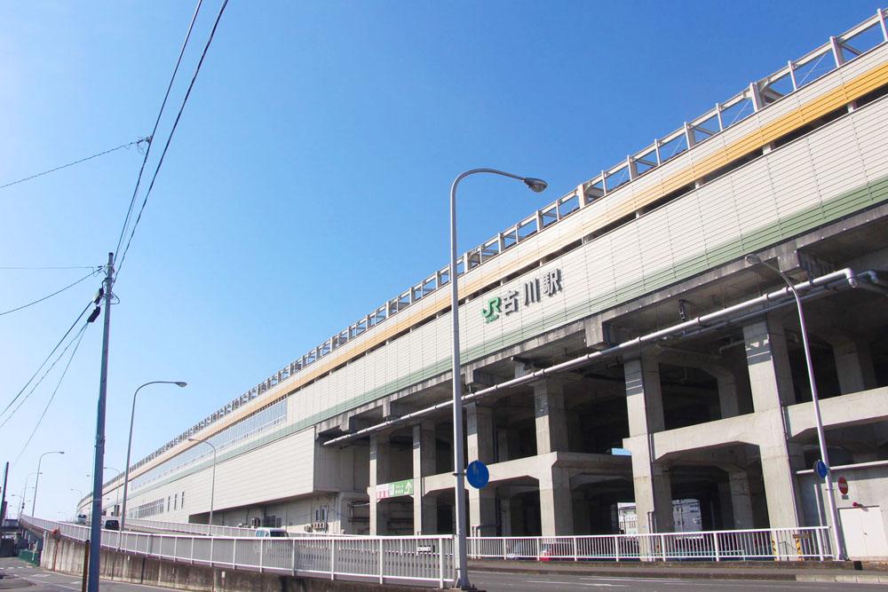 古川駅前の橋