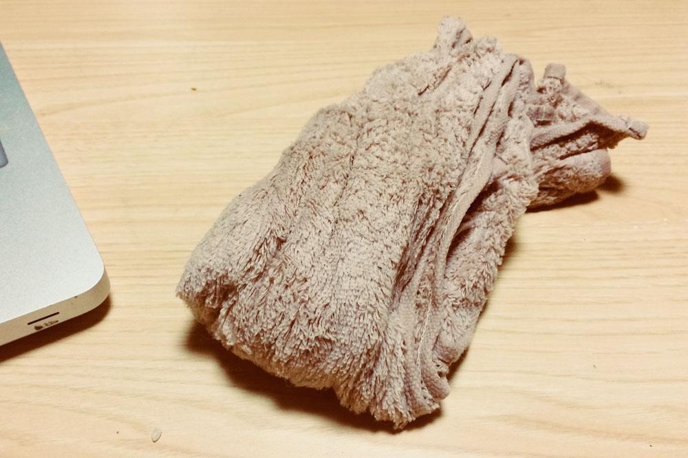 水に濡らしたタオル