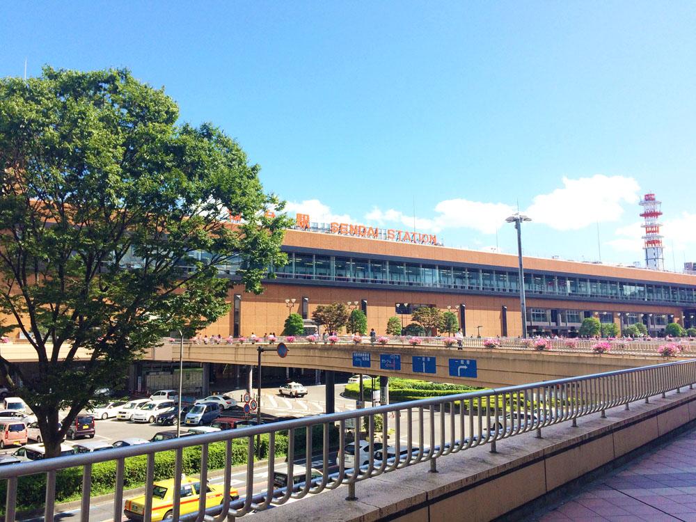 仙台駅前の風景