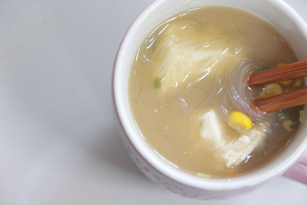 上から見たスープ